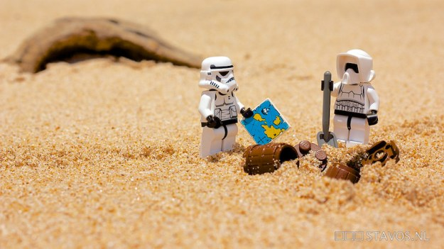 stormtroopers digging up treasure